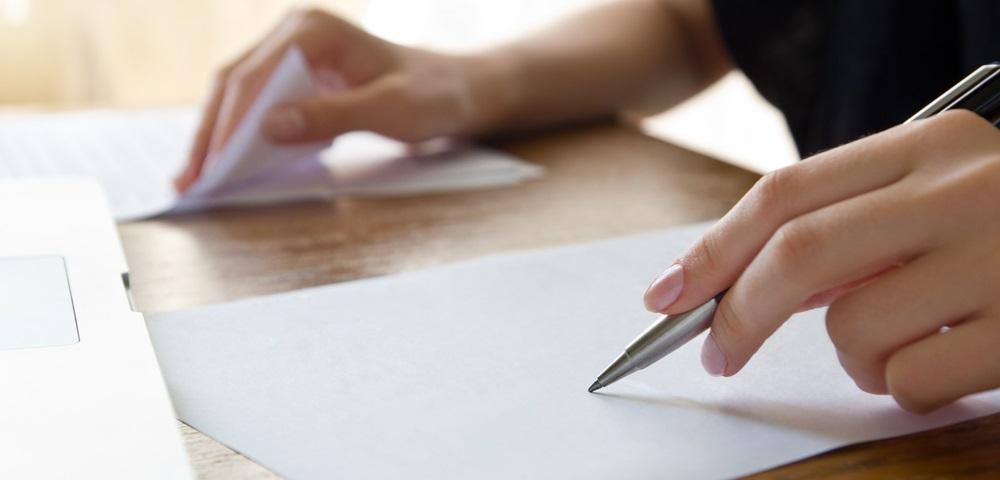 英語などの語学力があればできる高収入を得られる翻訳の副業